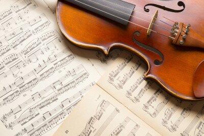 Quadro Violino do vintage na partitura.
