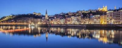 Quadro Vista panorâmica de Lyon com o rio Saone por noite