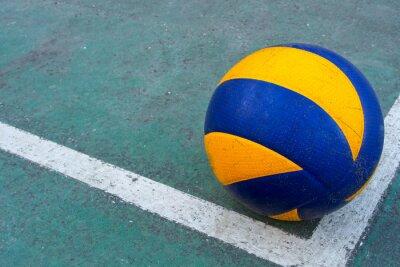 Quadro Voleibol sujo velho em um tribunal